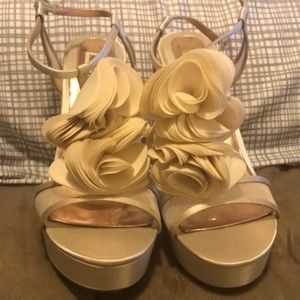 Badgley Mischka cream heels